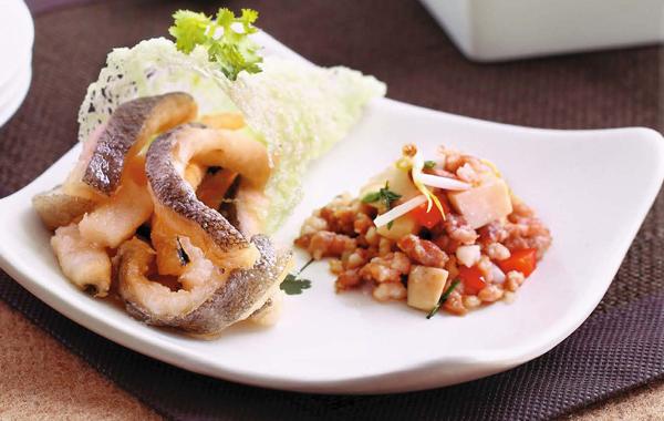 鲍菇芽菜鳕鱼柳手卷